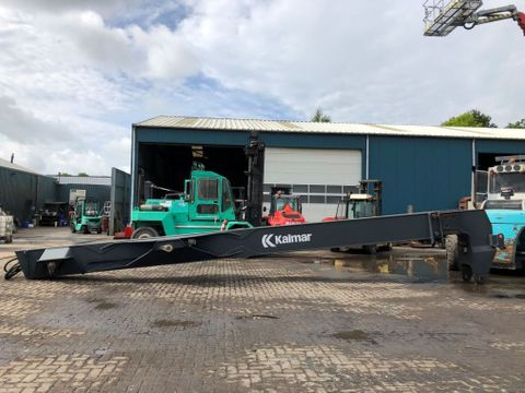 Kalmar Boom for empty containers reach stacker | Brabant AG Industrie [6]