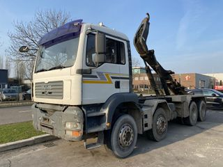 man-tga-37430-8x4-manual-full-steel-retarder-hooklift