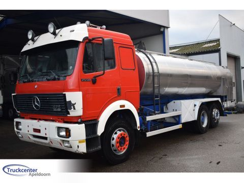 Mercedes-Benz Steel springs, Reduction axle, 13700 liter, Truckcenter Apeldoorn | Truckcenter Apeldoorn [3]