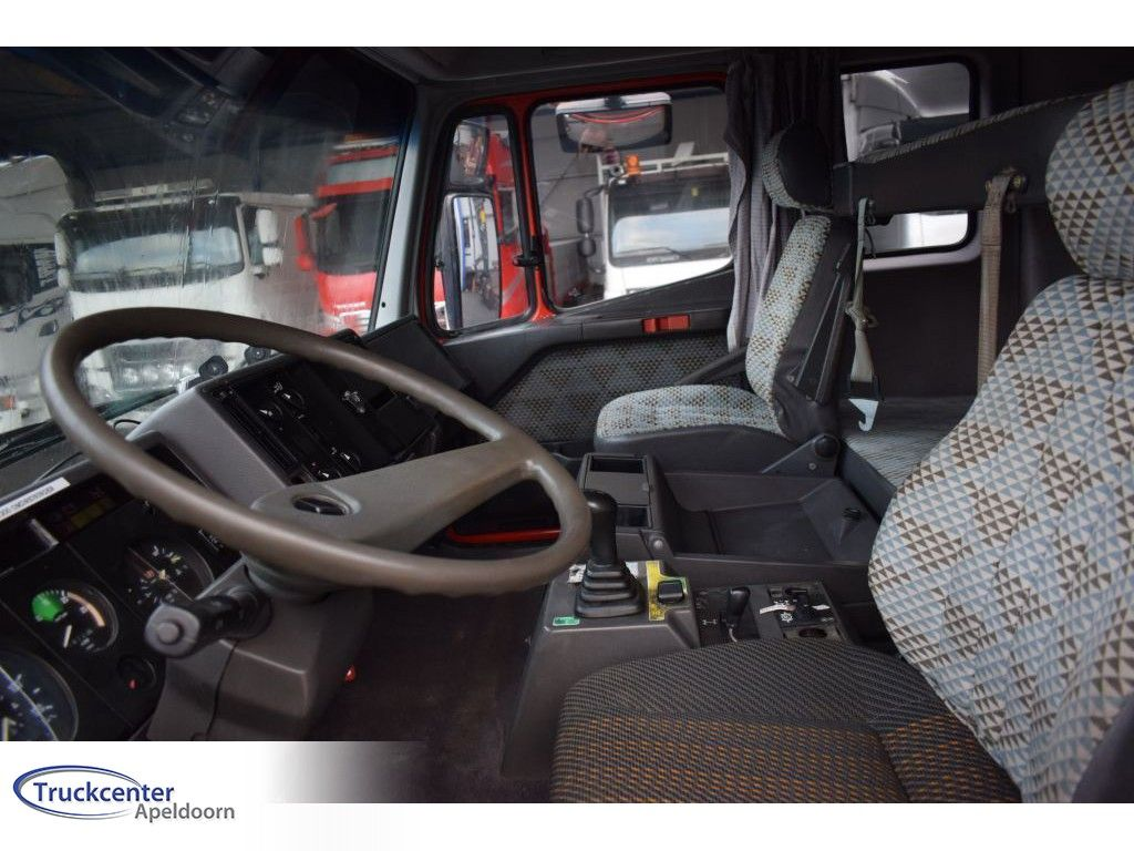 Mercedes-Benz Steel springs, Reduction axle, 13700 liter, Truckcenter Apeldoorn | Truckcenter Apeldoorn [8]